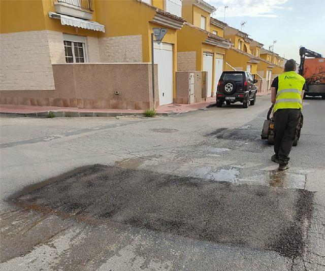 Un plan municipal arreglará cerca de 900 m2 de baches en el núcleo urbano y pedanías - 2, Foto 2