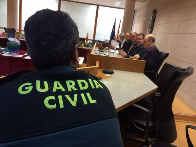 La Junta Local de Seguridad Ciudadana suscribe la propuesta de la Alcaldía para efectuar fuegos vegetales con condicionantes el día de la romería de Santa Eulalia, Foto 2
