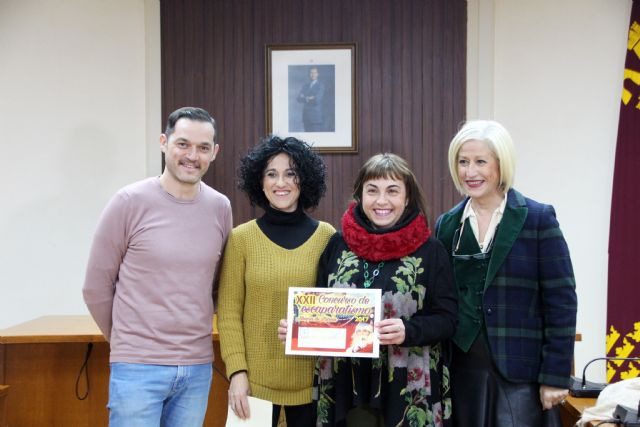 Esther Óptica se hace con el primer premio de XXII Concurso de Escaparatismo, Foto 1