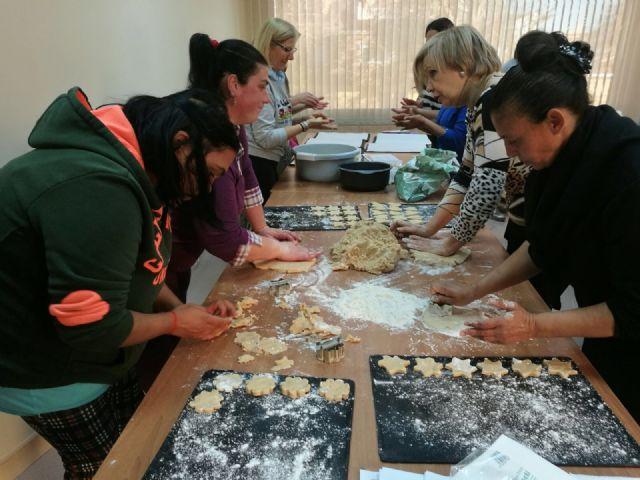 Aprendiendo Tradiciones: Taller de dulces navideños - 2, Foto 2
