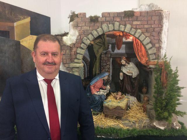 El alcalde felicita la Navidad y el Año Nuevo a los vecinos de Totana mostrando su solidaridad con las familias más necesitadas y que lo están pasando mal
