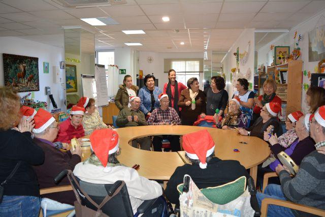 La Asociación Alzheimer Águilas celebra su tradicional fiesta de Navidad 2018 - 1, Foto 1