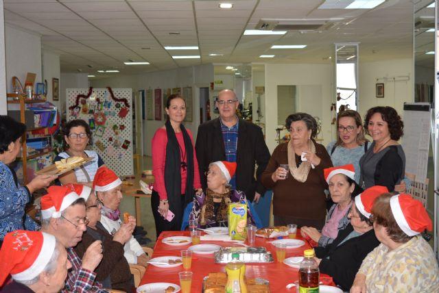 La Asociación Alzheimer Águilas celebra su tradicional fiesta de Navidad 2018 - 2, Foto 2