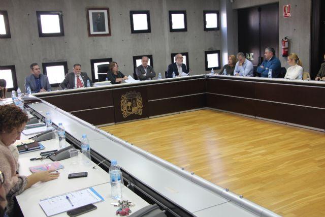 El Ayuntamiento de San Pedro del Pinatar renovará los paseos marítimos en 2019 - 1, Foto 1