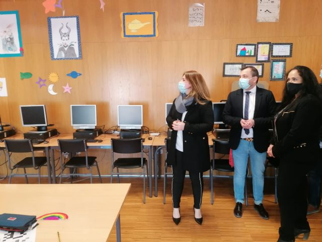 Colegios e institutos de Lorca reciben una inyección de 400.000 euros para obras en sus instalaciones - 1, Foto 1