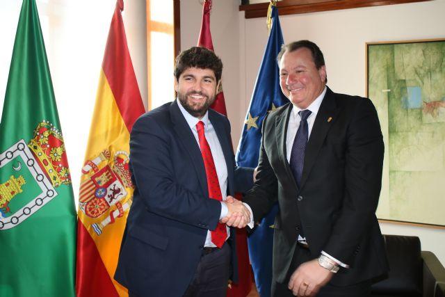 El presidente Fernando López Miras recibe al alcalde de Ceutí - 2, Foto 2