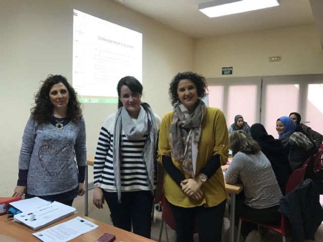 La concejalía de Servicios Sociales acoge el Programa Itinerarios de Motivación y Acompañamiento para Mujeres SARA - 3, Foto 3