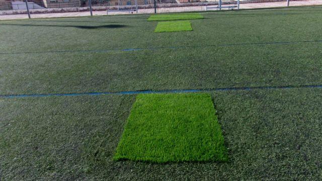 El Ayuntamiento de Pliego ha realizado mejoras en el césped, vestuarios e iluminación del campo de fútbol - 3, Foto 3