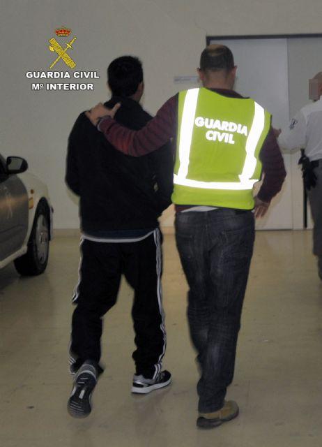 La Guardia Civil esclarece una grave agresión a una persona en un parque infantil de Cieza - 2, Foto 2