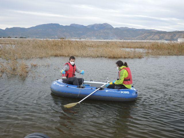 Muestreos en las aguas de las lagunas de las salinas, Foto 1