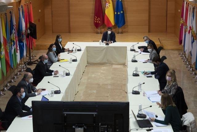 El Comité Covid amplía el número permitido de personas a cuatro no convivientes, Foto 2