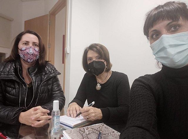 Representantes de Podemos Cieza se reúnen con la concejala de Políticas Sociales - 1, Foto 1