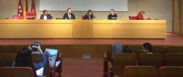 Los Colegios de Periodistas defienden en la Universidad la exigencia de la titulación para el ejercicio profesional - 1, Foto 1