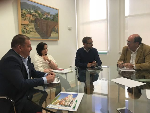 "CEBAG calls its meeting with the mayor of Totana and several members of the government team ""profitable"" They addressed various issues such as the economic situation of the City Council, the promotion of the Bastida or the PGMO"