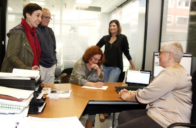 El Ayuntamiento seguirá ayudando al alumnado expulsado mediante el Proyecto Fénix - 2, Foto 2
