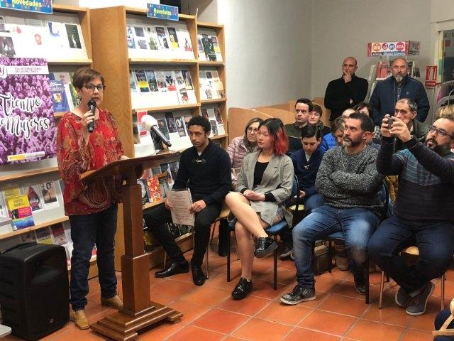 Totana conmemora el Día Internacional de la Poesía con la presentación de libro