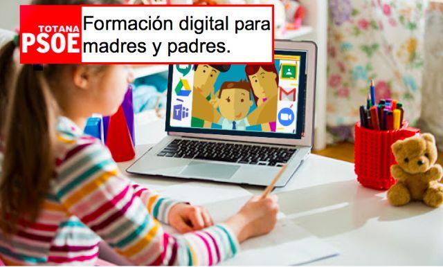 El Grupo Socialista propone un plan municipal de formación digital dirigido a padres y madres