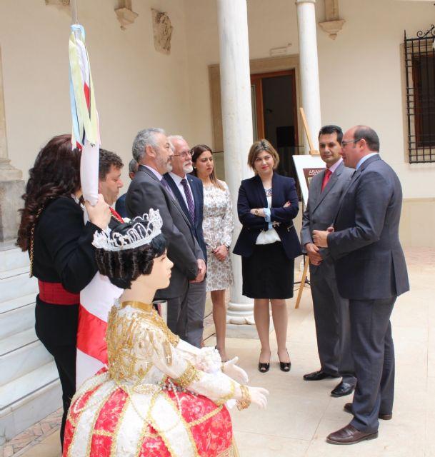 Pedro Antonio Sánchez muestra el respaldo de la Comunidad a que las fiestas de Abanilla sean declaradas de Interés Turístico Nacional - 4, Foto 4