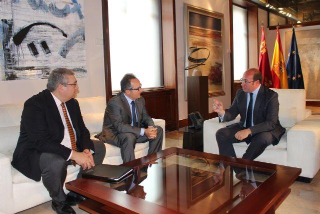 Pedro Antonio Sánchez se reúne con el presidente de ENAE Escuela de Negocios - 1, Foto 1