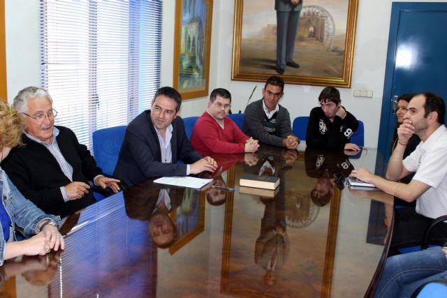 Cinco alumnos de CEOM inician un ciclo formativo de Actividades Auxiliares en Viveros y Jardines, en Alcantarilla - 4, Foto 4