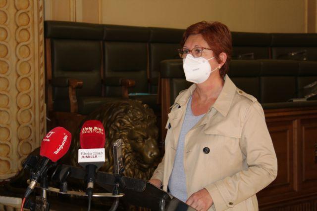 La alcaldesa muestra su indignación por el posible traslado de las vacunaciones ya sea de forma fija o puntual a Yecla - 1, Foto 1