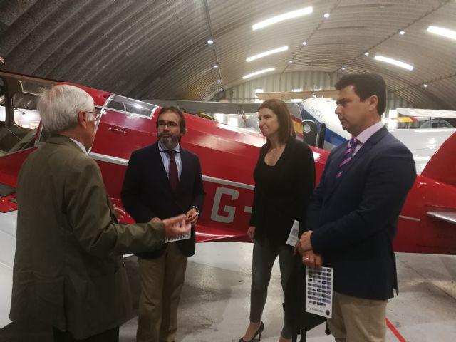 El consejero de Presidencia visita la Fundación Infante de Orleans para conocer su museo de aviones antiguos - 1, Foto 1