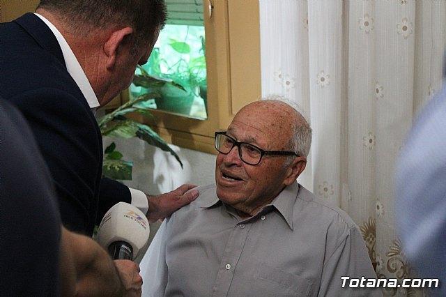 El alcalde felicita al vecino Diego Sánchez Andreo, con motivo de su centenario cumpleaños - 2, Foto 2