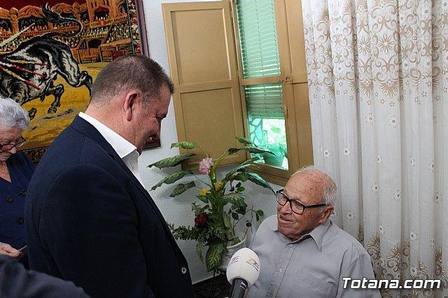 El alcalde felicita al vecino Diego Sánchez Andreo, con motivo de su centenario cumpleaños - 3, Foto 3