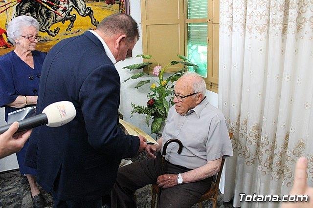 El alcalde felicita al vecino Diego Sánchez Andreo, con motivo de su centenario cumpleaños - 5, Foto 5