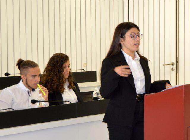 Los alumnos del IES Salvador Sandoval se forman como especialistas de debate - 5, Foto 5