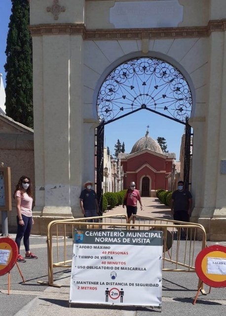 A partir de mañana el Cementerio Municipal abrirá ya sin limitaciones de aforo; de 8:00 a 20:00 horas, ininterrumpidamente - 2, Foto 2