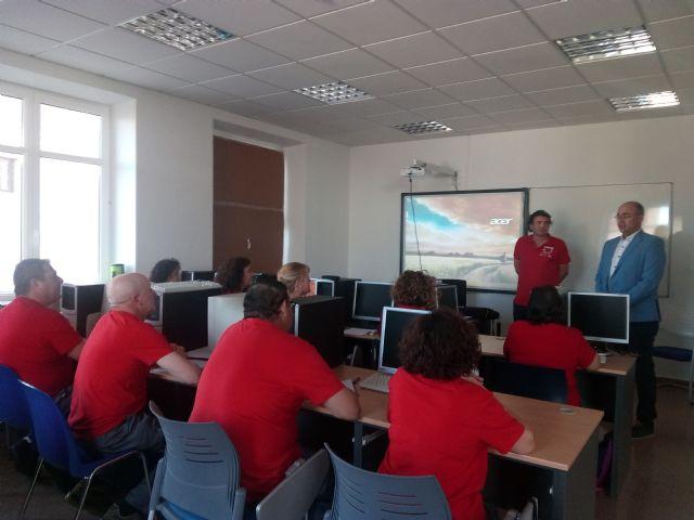 Encuentro del alcalde de Pliego con los doce trabajadores del Programa Mixto de empleo y formación - 1, Foto 1