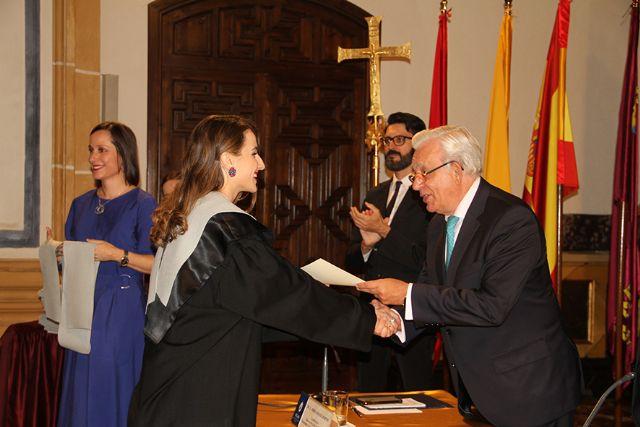 El doctor Jesús Sánchez Martos, padrino de la VIII promoción de enfermeros de la UCAM - 1, Foto 1