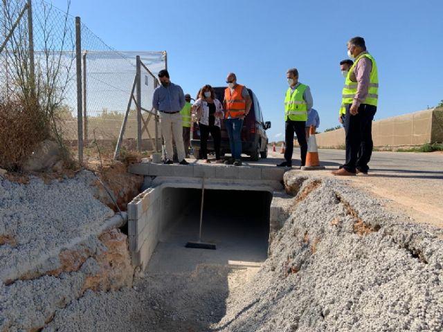 El director general de Carreteras y el alcalde visitan las obras de reparación de carreteras regionales dañadas por la dana en el municipio - 3, Foto 3