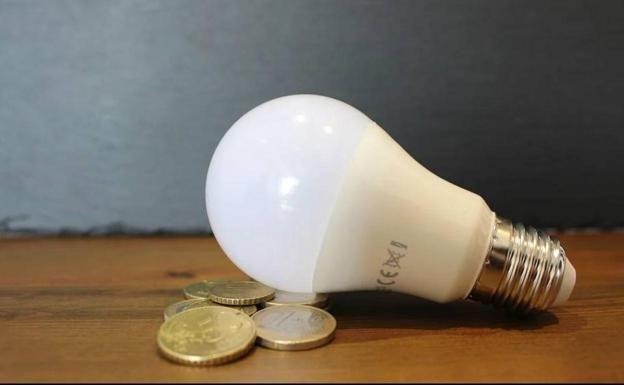 [Ganar Totana-IU presenta una moción al pleno para mostrar rechazo y reclamar medidas permanentes ante la subida de la tarifa eléctrica