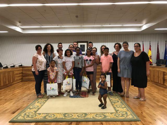 Recepción en el Ayuntamiento a los niños saharauis y sus familias de acogida 2019 - 3, Foto 3