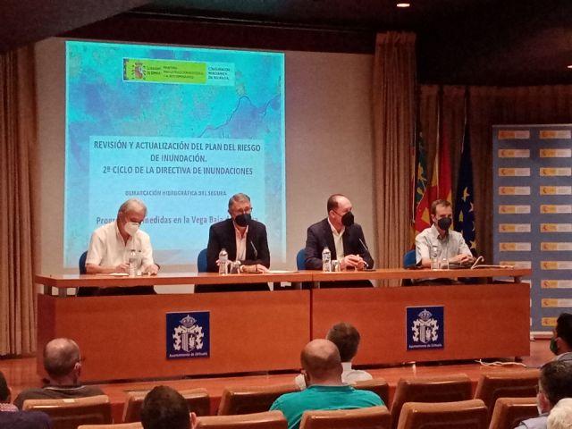 Presentación pública del Plan de Gestión de Riesgo de inundaciones y el anteproyecto del Plan de Defensa contra Avenidas en Orihuela a la Generalitat Valenciana y a los alcaldes de la  cuenca del Segura en la provincia de Alicante, Foto 1