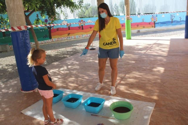 """Éxito de la Escuela Municipal de Verano, que celebra el Colectivo """"El Candil"""", que reunirá a unos 60 niños y niñas en cada turno estival, Foto 2"""