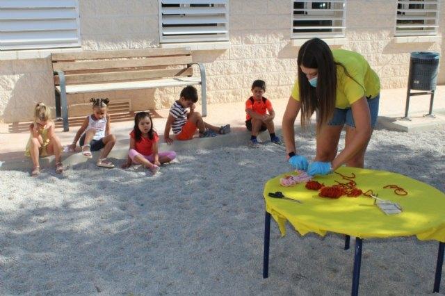 """Éxito de la Escuela Municipal de Verano, que celebra el Colectivo """"El Candil"""", que reunirá a unos 60 niños y niñas en cada turno estival, Foto 3"""