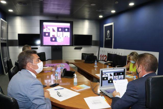 Reunión del consejero de Transparencia, Participación y Administración Pública con los responsables del Plan Copla de los municipios del litoral - 1, Foto 1
