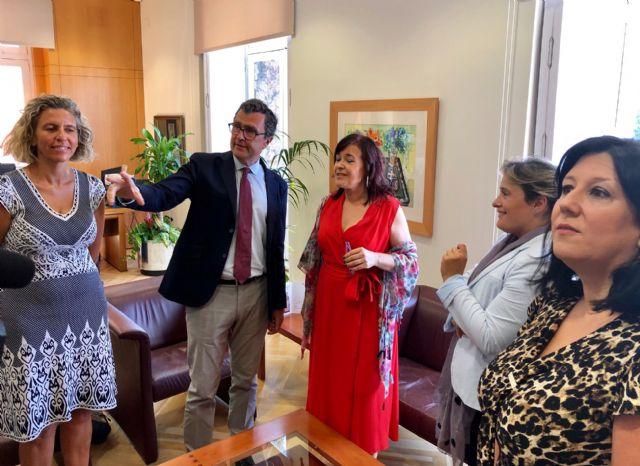 El Ayuntamiento y la Organización de Mujeres Empresarias de Murcia estrechan lazos para desarrollar nuevos proyectos - 3, Foto 3