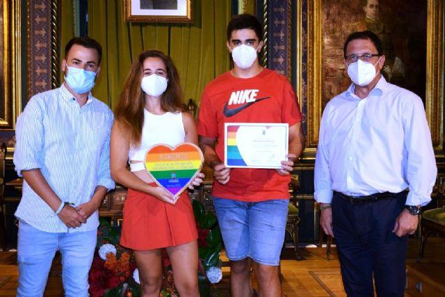 Entregados los premios del concurso de fotografía 'Mazarrón por la igualdad' en contra de la homofobia y la violencia de género, Foto 3