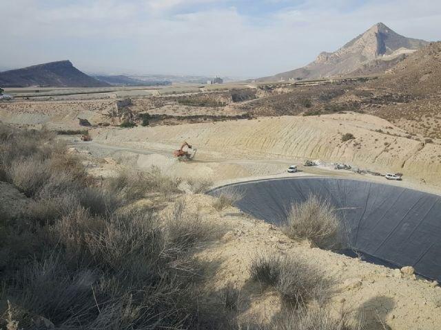 La Consejería de Medio Ambiente concluirá en diciembre los trabajos de emergencia en el vertedero de Proambiente en Abanilla - 2, Foto 2