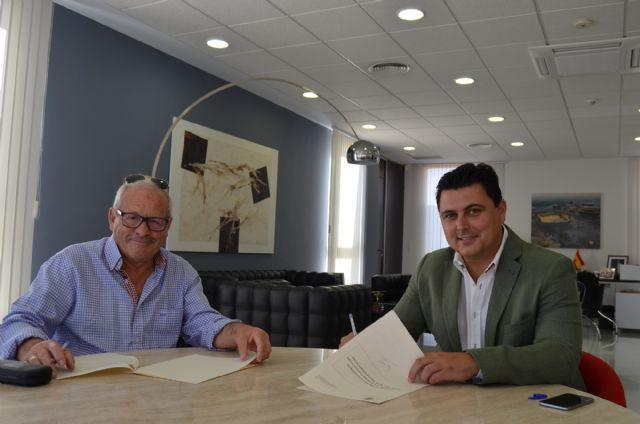 El ayuntamiento renueva su apoyo a la Asociación Amigos del Belén de San Javier - 1, Foto 1