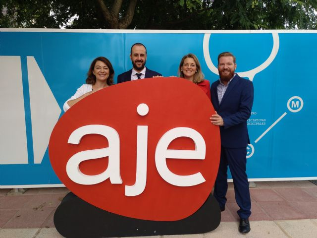 La Comunidad y AJE lanzan una nueva edición de 'Murcia Empresa' para ayudar a 650 jóvenes a poner en marcha su negocio, Foto 1