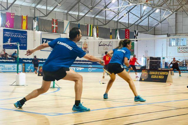 El Bádminton Las Torres logra 21 oros y 5 platas en el campeonato regional sénior - 2, Foto 2