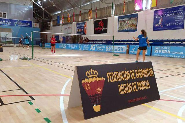 El Bádminton Las Torres logra 21 oros y 5 platas en el campeonato regional sénior - 3, Foto 3