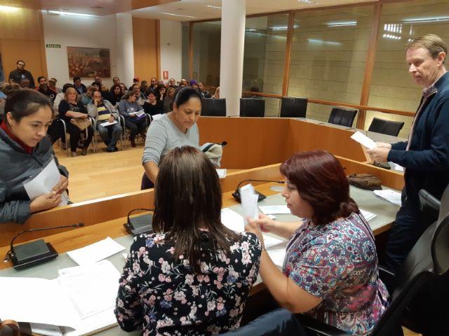 Comienza el primer turno del Programa de Fomento de Empleo Agrario en Totana, con la contratación inicial de 66 desempleados del 1 de noviembre al 31 de enero