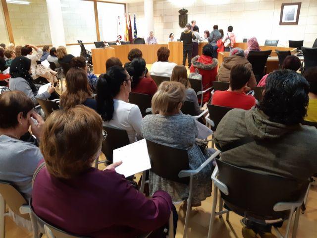Comienza el primer turno del Programa de Fomento de Empleo Agrario en Totana, con la contrataci�n inicial de 66 desempleados del 1 de noviembre al 31 de enero, Foto 4