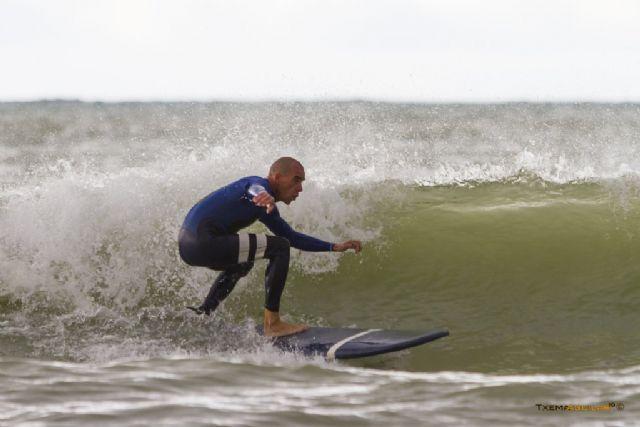La novena edición del campeonato de surfito conquista la playa de la Reya, Foto 2